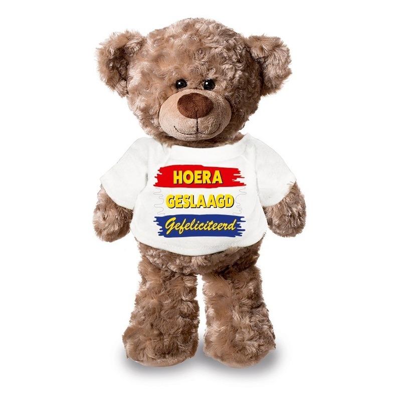 Knuffel teddybeer Hoera Geslaagd Gefeliciteerd wit shirt 24 cm